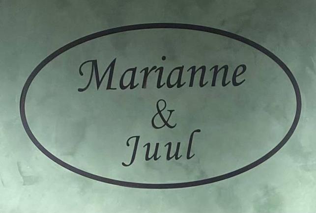 Marianne & Juul